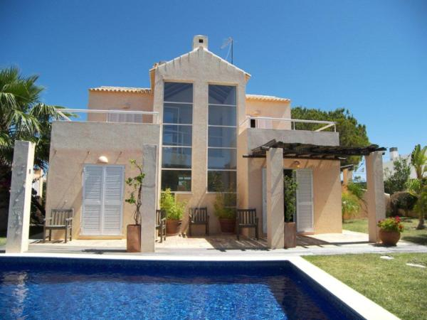 Villa      to Buy        in Gale                                               - Portugal